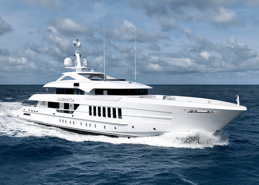 M/Y Laurentia – 2017 Full integration of AV systems and Antennas for this 55m Heesen built in 2017. Features included an outdoor cinema on the Maindeck and 85¨ mirrored screen in the Sky lounge.